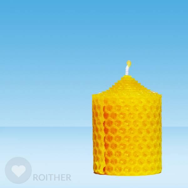 Gerollte Kerze 60